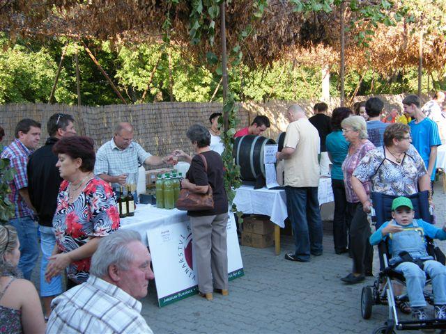 Vinobraní - Hlohovec -Hajda 17.9.2011 021