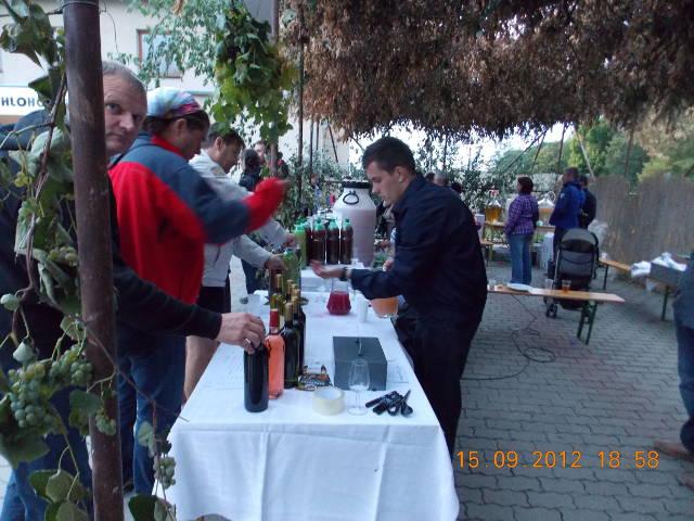 Hlohovecke-vinobrani-2012-DSCN1147