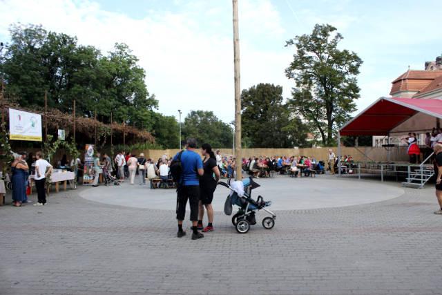 Hlohovecke-vinobrani-2014-IMG_5849