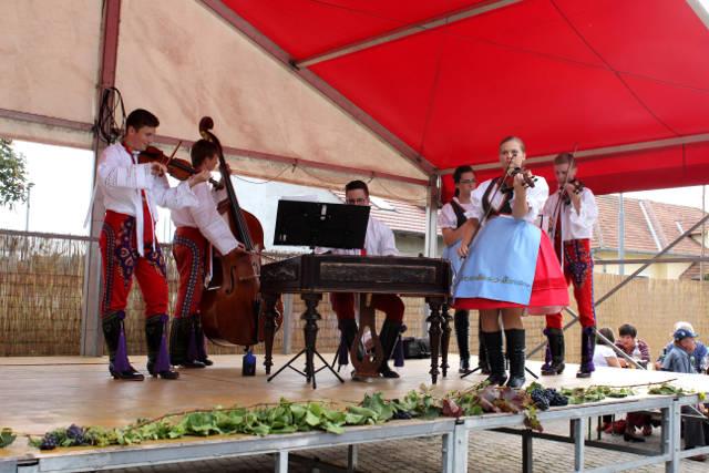 Hlohovecke-vinobrani-2014-IMG_5866