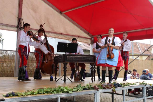 Hlohovecke-vinobrani-2014-IMG_5867